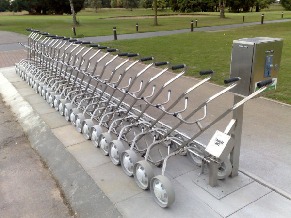 Meon Valley Marriott England, 25 left hand trolley system